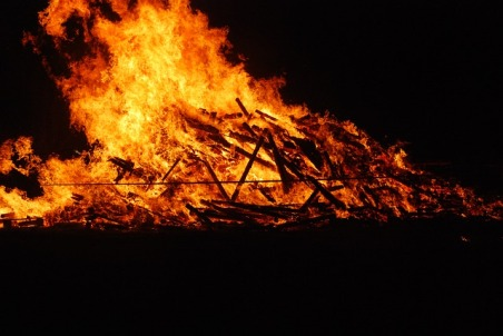 funeral-pyre-fire-may-fire-flame-heat-burn